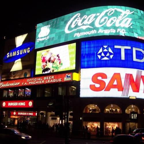 Plaza de Piccadilly en Londres