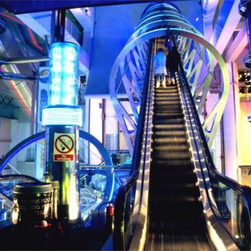 Escaleras futuristas en Londres