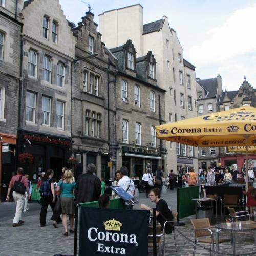Bares y terraza en Edimburgo