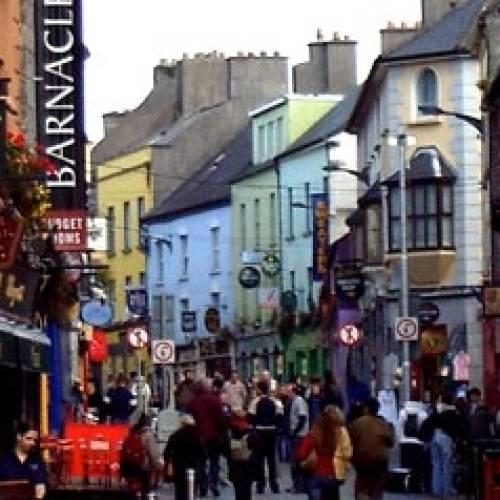 Calle típica en Galway