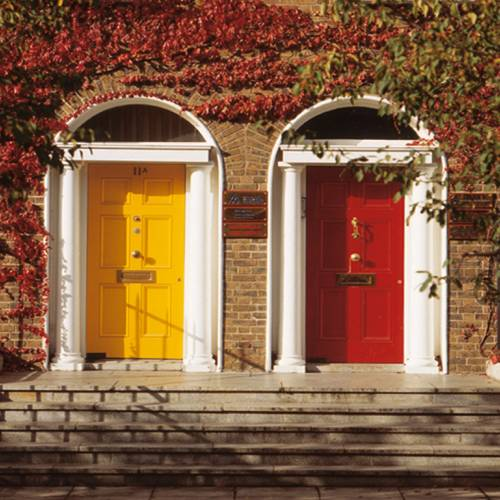 Puertas coloridas en Dublín