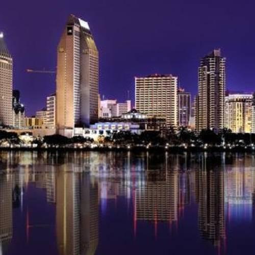 Panorámica nocturna de San Diego