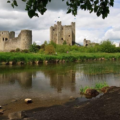 Vistas del castillo desde el otro lado del río