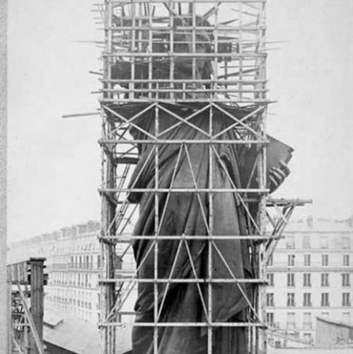 Construcción de la estatua, de 1877 a 188