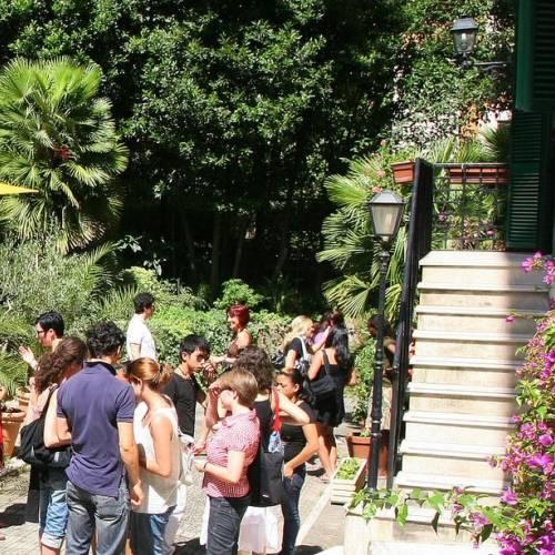 Jardín de la escuela