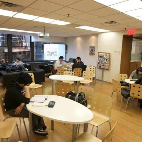 Cafetería de la escuela Embassy en Nueva York