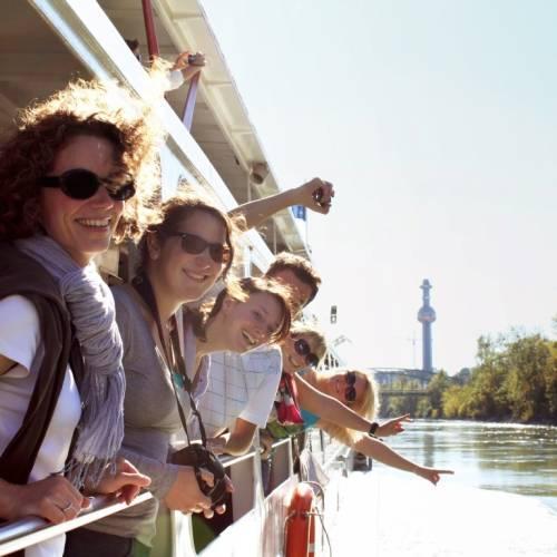 Excursión en barco por el Danubio