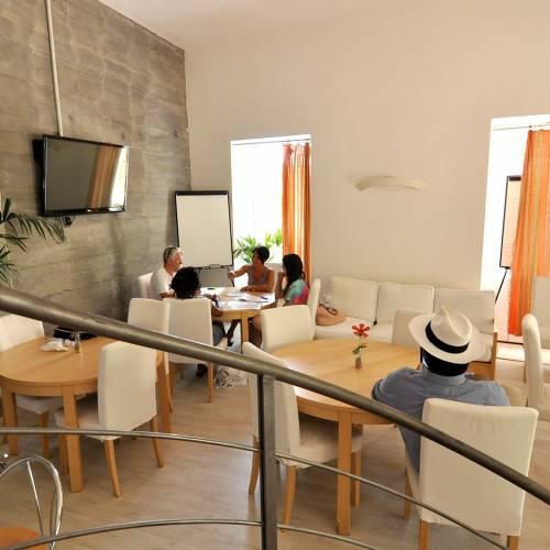 Babilonia, Sicilia, Student Lounge
