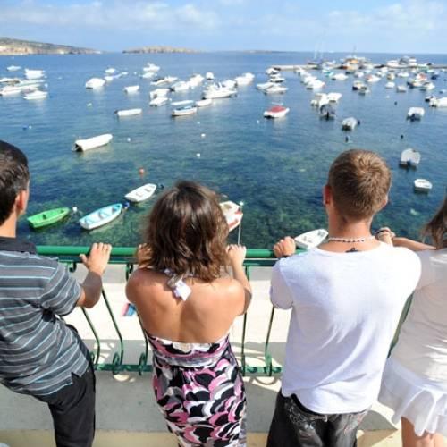En Malta las aguas son tranquilas y cristalinas, perfectas para bucear o nadar