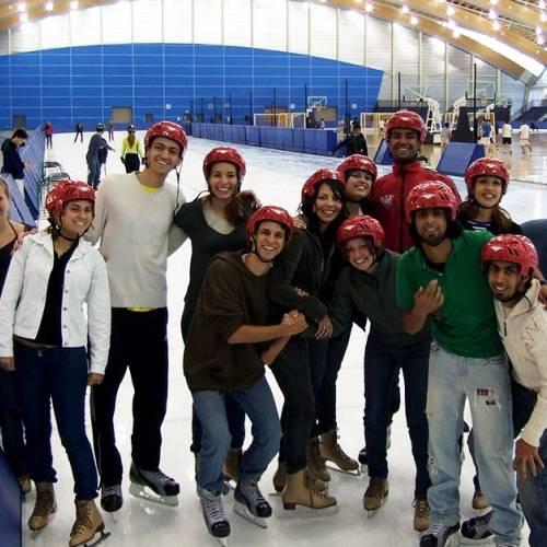 Patinar sobre hielo es deporte nacional en Canad
