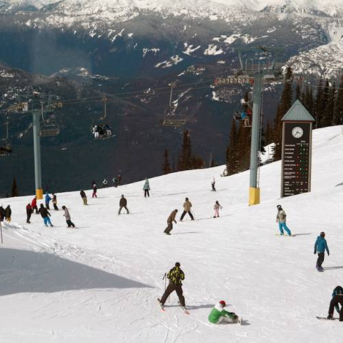 En Mt. Whistler podrás esquiar o hacer snow