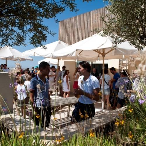 Estudiantes en la terraza AM Studio, Malta