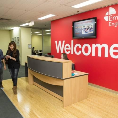Bienvenidos a Embassy, Melbourne