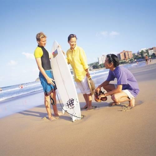 Estudiantes practicando Surf en Sydney