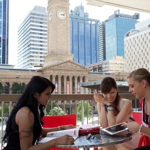 Terraza de Browns School of English, Brisbane
