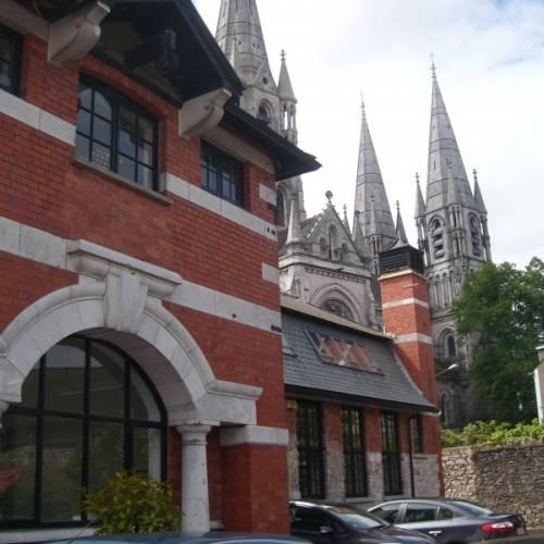 Escuela de inglés en el centro de Cork
