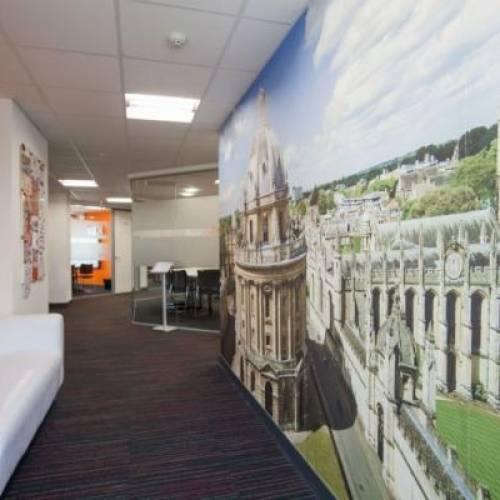 Escuela de inglés EC en Oxford, Inglaterra