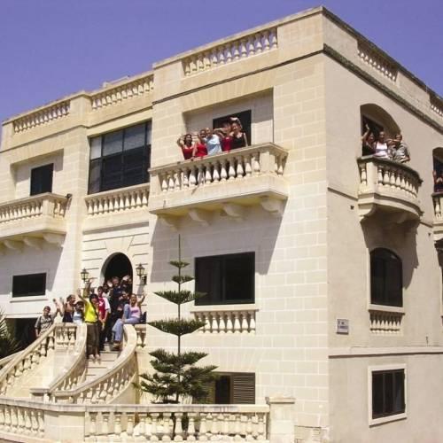 Edificio de la academia